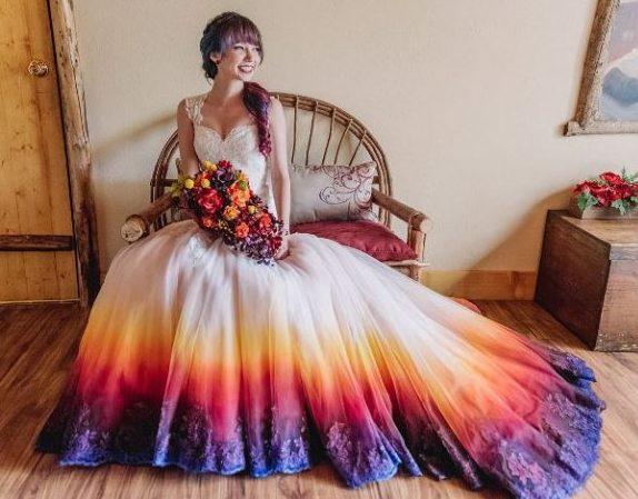 Farbige Brautkleider - Wir treiben es bunt ~ Weird Wedding