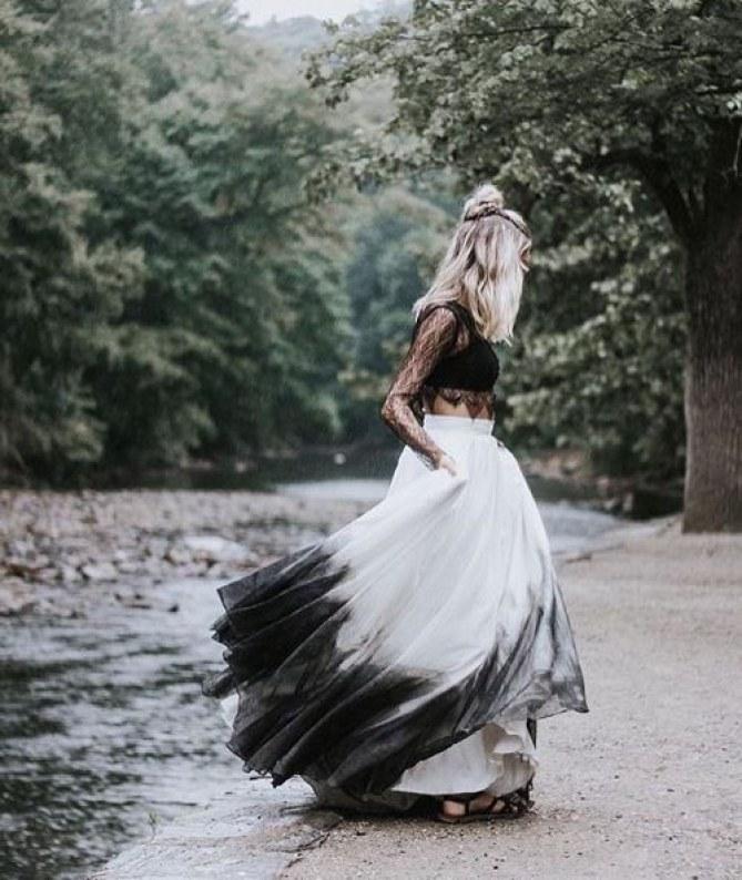 weiß schwarzes Hochzeitskleid