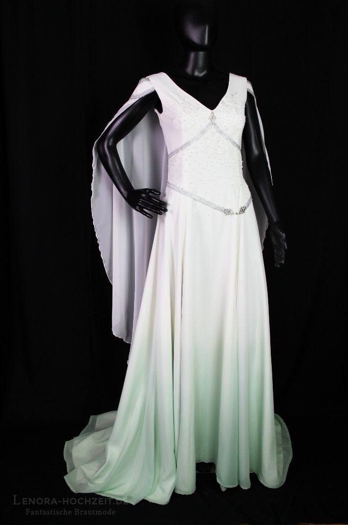 Hochzeitskleid von Lenora Brautmode